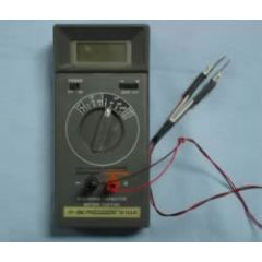 810A BK Precision Capacitance Meter