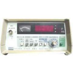 8920A Fluke Voltmeter