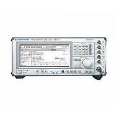 SMIQ04B Rohde & Schwarz RF Generator