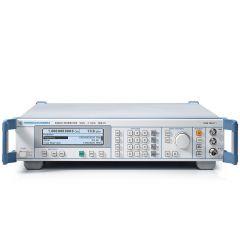 SML01 Rohde & Schwarz RF Generator