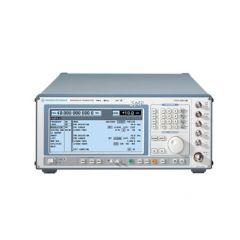 SMP22 Rohde & Schwarz RF Generator