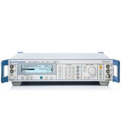 SMR40 Rohde & Schwarz RF Generator