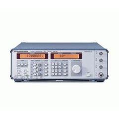 SMY01 Rohde & Schwarz RF Generator