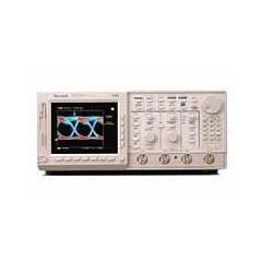 TDS724D Tektronix Digital Oscilloscope