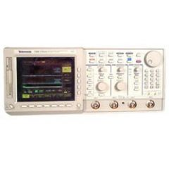 TDS754A Tektronix Digital Oscilloscope