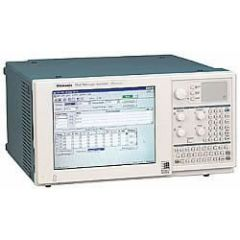 TLA714 Tektronix Logic Analyzer