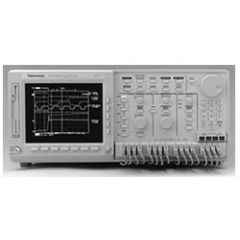 TLS216 Tektronix Logic Analyzer