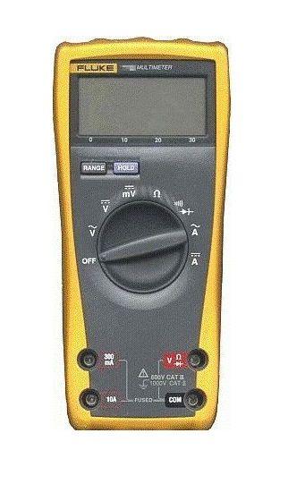79-II Fluke Handheld 3 5 Digit Multimeter Used
