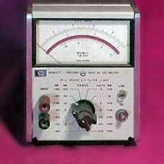 400F Agilent Voltmeter