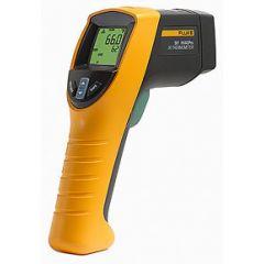561 Fluke Thermometer