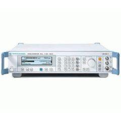 SML02 Rohde & Schwarz RF Generator