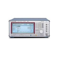 SMT02 Rohde & Schwarz RF Generator