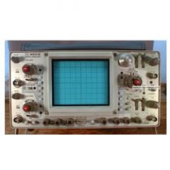 465B Tektronix Analog Oscilloscope