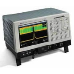 CSA7404B Tektronix Communication Analyzer
