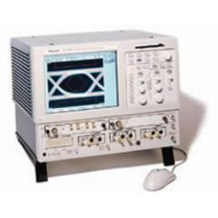 CSA8000 Tektronix Communication Analyzer